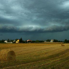 Krajobraz świętokrzyski burza, fotograf Paweł Litwin