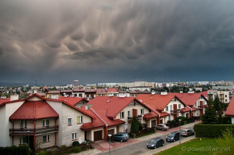 Chmury mammatus nad Rzeszowem, 20.04.2016
