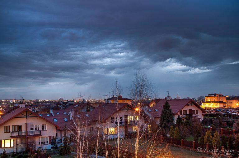 Chmury Asperitas nad Rzeszowem